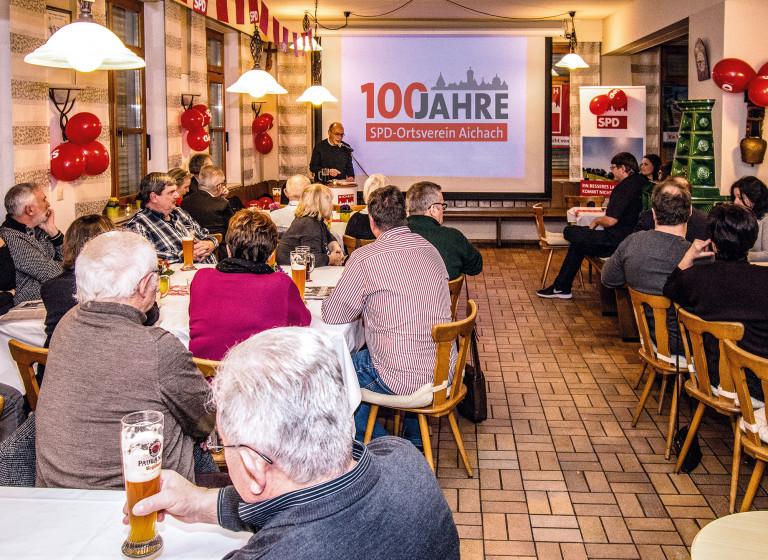 Bild von der internen 100-Jahrfeier der SPD Aichach (Foto: Marco Laves)